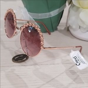 Circus by Sam Edelman  round Daisy sun glasses